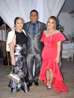 Suyapa de Melgar, Edgardo Melgar y Adriana Melgar