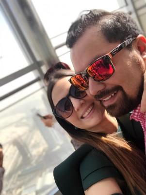 Tania Portillo y Ángel Mencia ya estan en Dubái