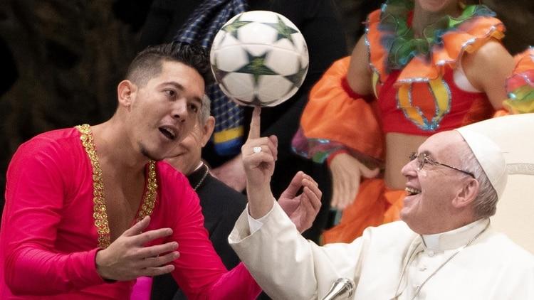 El show circense del papa Francisco que sorprendió al mundo