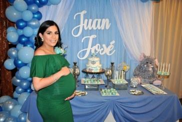 Ilusiones en azul celebrando el baby shower de Alejandra