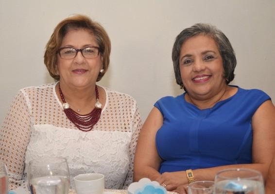 Blanca de Palacios y Mirna de Alvarenga