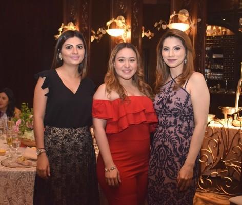 Carmen Flores, Astrid Fernández y Alejandra Hernández