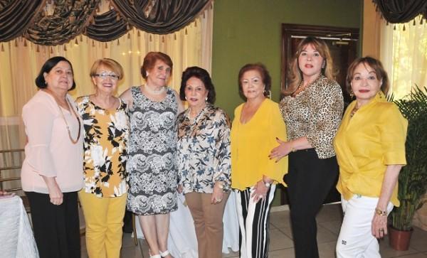 Carmen Urbina, Irma Julia Zepeda, Mery Bendeck, Alba Luz Rogel, Hilda Córdoba, Ruth Rápalo y Vilma Rosales