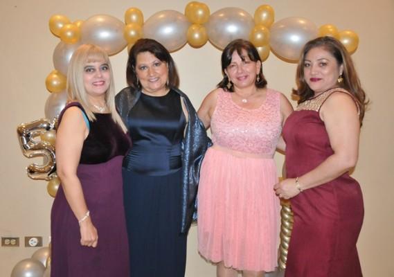 Farida Gabbe, Yolanda Luna, Ingrid Funez y Brenda Hernández
