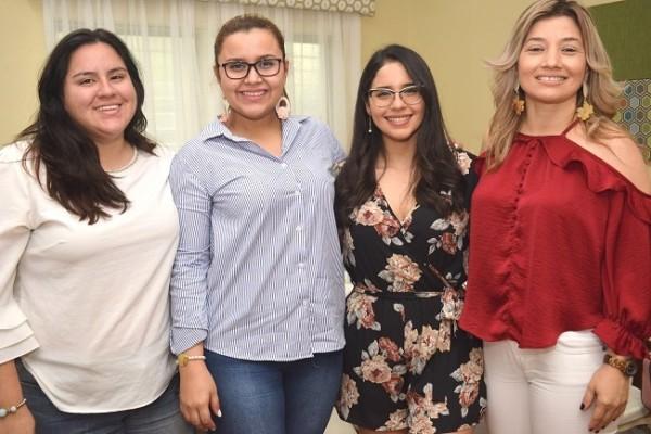 Ingrid Cobar, Kimberly Linarez, Karely Amaya y Bivian Martínez