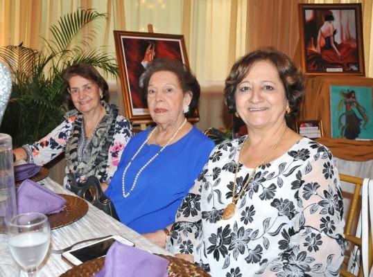 Janeth Salomon, Graciela Yuja y Mery Handal