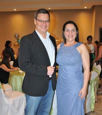 Jenny Andonie y Román Pérez