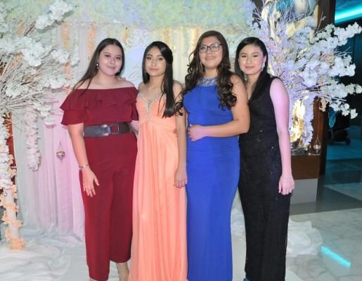 Juleisy Alemán, Mariela Herrera, Fanny Acosta y Lizzie Herrera