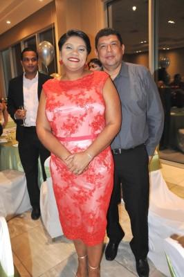 Karen Valdez y Rubén Espinal