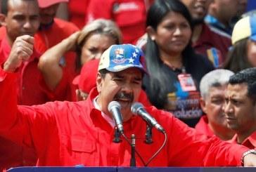 Nicolás Maduro cierra todo el espacio aéreo de Venezuela y la frontera terrestre con Brasil