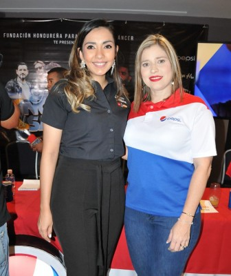 Mariela Villela (Pizza Hut) y Melissa Villegas (EMSULA)
