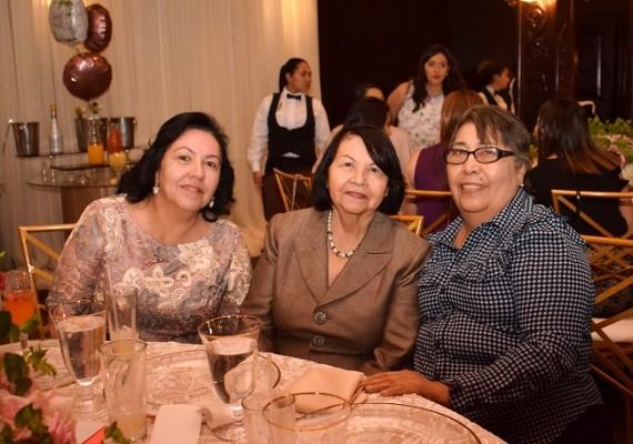 Mayra Hernández, Lolita de Hernández y Ondina de Carias