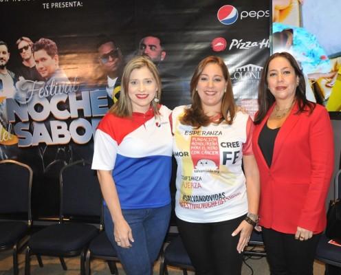 Melissa Villegas (representante de EMSULA y su marca líder PEPSI), Elisa Borrell y Carol Kattán (representante de Banco Atlántida)