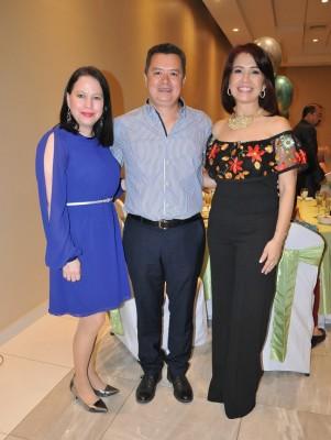 Mercedes Cuellar, Francis Vásquez y Carla Pantoja