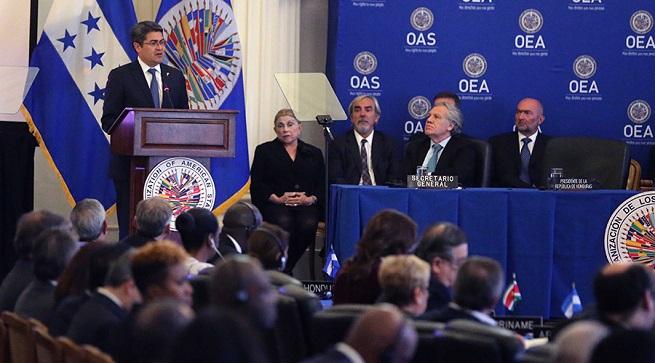Hernández expone ante la OEA por invitación de sus máximas autoridades