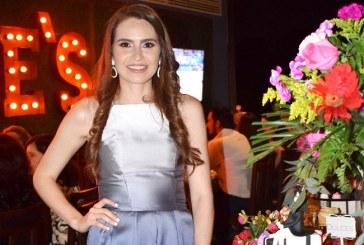 Paola Kattán regresa a Honduras para celebrar su triunfo académico