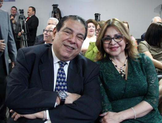 Rafael Barrientos y Aracely Alfaro