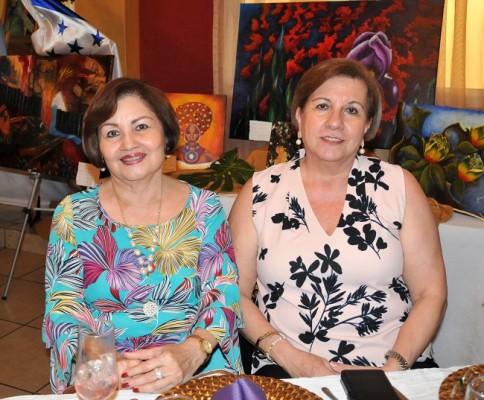 Reina López y Rita Simón