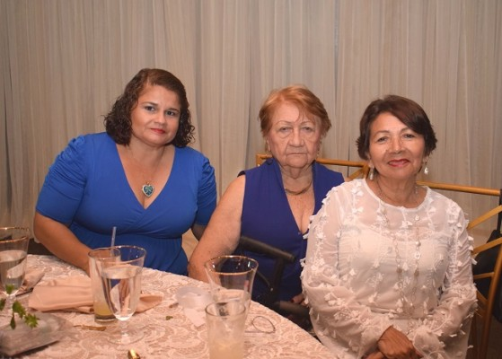 Rosa Meléndez, Ángela Prado y Rosario de Torres
