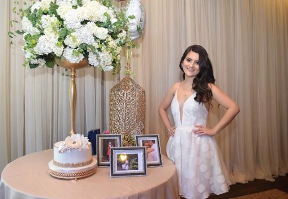 Sonia Bueso fue agasajada con un especial bridal shower en la antesala de su enlace matrimonial con José Alfredo Hernández