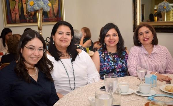Yessika de Ortíz, Cynthia de Alvarado, Melissa Carrasco y Olimpita Cáceres