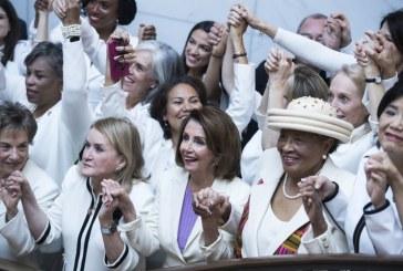 Mujeres demócratas se visten de blanco en el discurso del Estado de la Unión para destacar el poder femenino