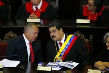 Régimen de Maduro amenaza con 'guerra irregular' si Venezuela es invadida militarmente