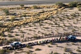 Sube 290% la detención de familias migrantes en frontera sur de EEUU