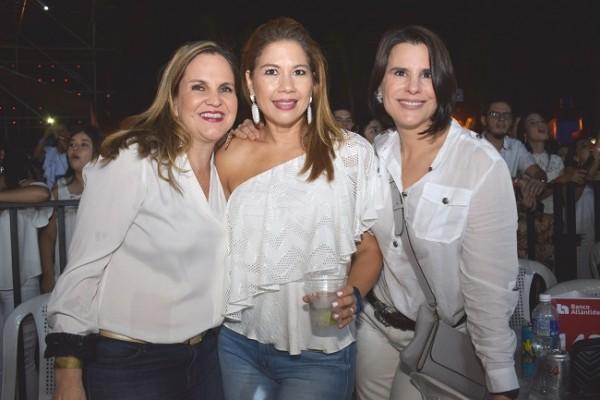 Ana Barletta, Angélica de Micheletti y Patricia Jaar