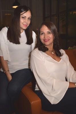 Anabella Santos y Amparo de Vasquez