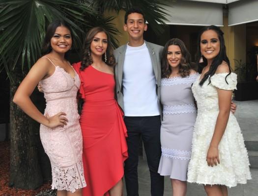 Angella Falck, Valeria Faasch, Miguel Mancías (Presidente de los seniors), Mónica Robles (Vice Presidenta de los seniors) y Alejandra Morales