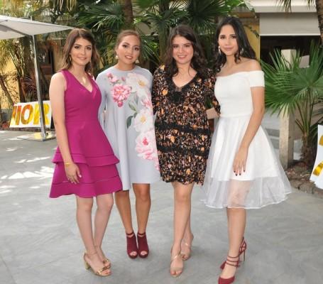 Beatriz Fajardo, Ariana Fernández, Nicole Chong y Sofía Fuentes