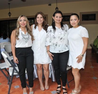 Claudia Medina, Andrea Restrepo, Nohelia Villamil y María Rivera