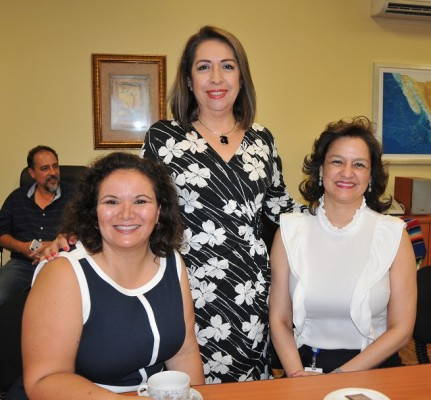 Consul mex mujeres 4
