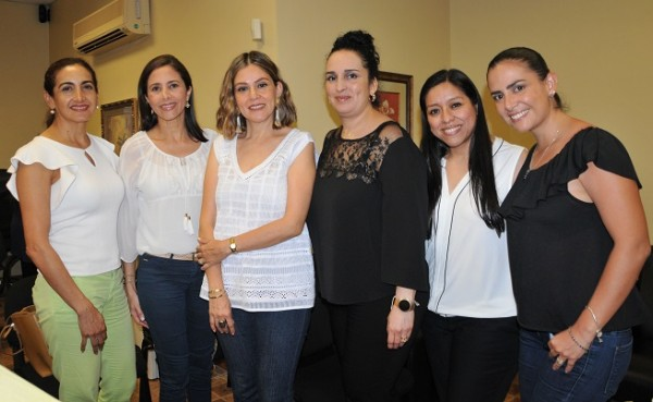 Consul mex mujeres 5