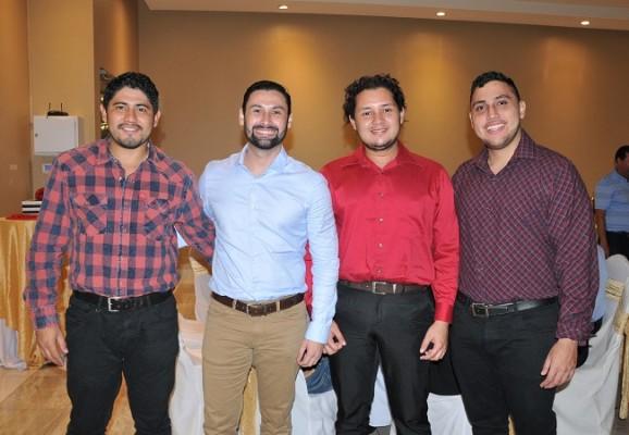 David y Jaime Hernández junto a Darwin Mejía y Allan Portillo Hernández