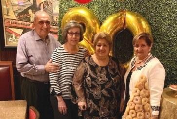 Celebrando el cumpleaños de doña Lícida Sandoval