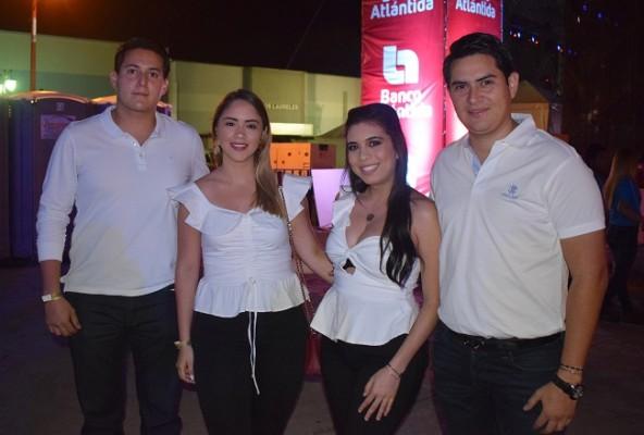 Elvin Handal, Ester Portillo, Ana Bendeck y Julio Portillo