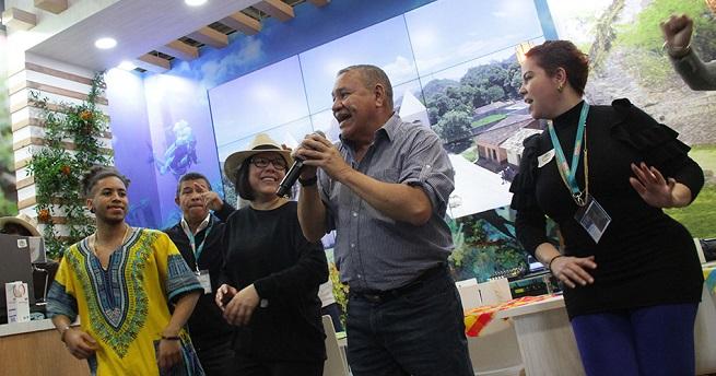 Sabor y talento hondureños cautivan en Feria de Turismo de Berlín