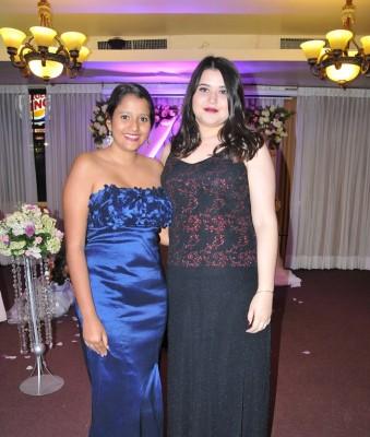 Heidy Mena y la hermana del novio, Sara Euceda