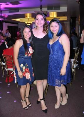 Isis Estrada, Eda Chong y Paola Lobo