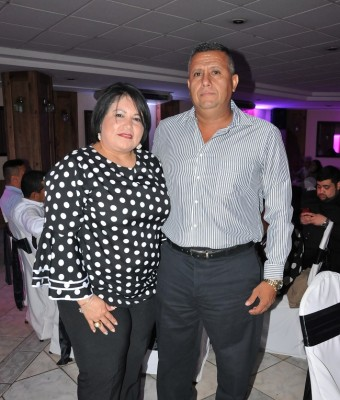 Jonny y Sandra Maradiaga