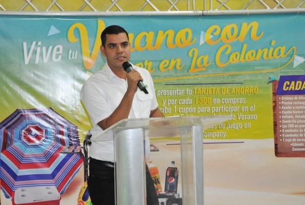 Miguel Vargas, coordinador de Mercadeo de Supermercados La Colonia en la zona norte.