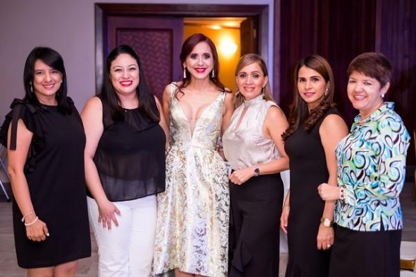 Las damas del Club Rotario Merendon no podían faltar al festejo en honor a Waleska López de Aguilar