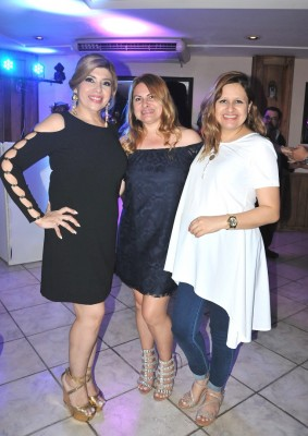 Liliana Pleitez, Iris Paz y Laura Recinos