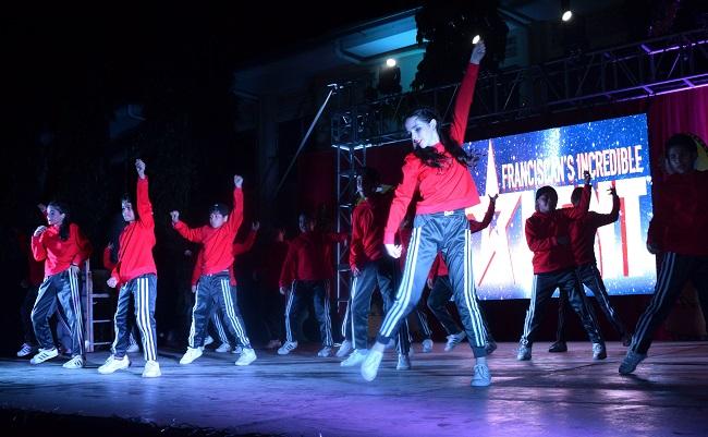 Increíble show Franciscano en una noche de talentos