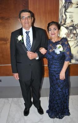 Los padres del novio José German López y Blanca Nelly Leonor de López