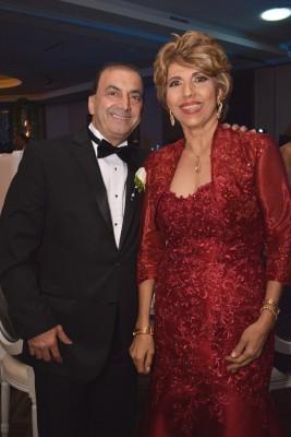 Los padres del novio, José y Liliam Jaar.