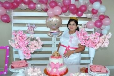 Un baby shower para la princesa de Lourdes