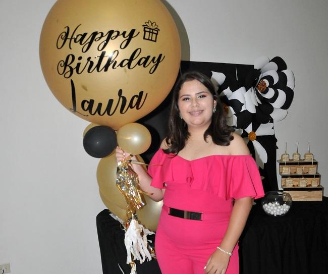 Vibrantes XV años de Laura Daniela